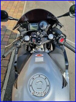 2006 Silver Honda CBR 600F f4i good condition and clean bike
