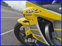 Honda CBR 600 F sport Rossi edition