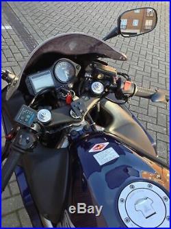 Honda CBR 600 F4i 2002 Low mileage (21k) Includes extras