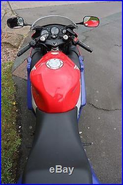 Honda cbr 600F 2000 x reg