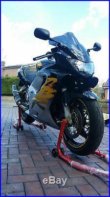 Honda cbr600f 1999 very clean